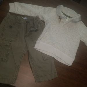 !!SALE!! Sweater and kahki pant outfit (18 months)